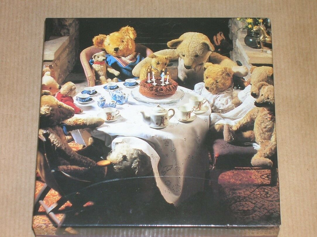 MINI PUZZLE RARE   THE ANTIQUE TEDDY  COLLECTION   TEDDY 121 PIECES   22 X 22 CMS  NEUF fff37c