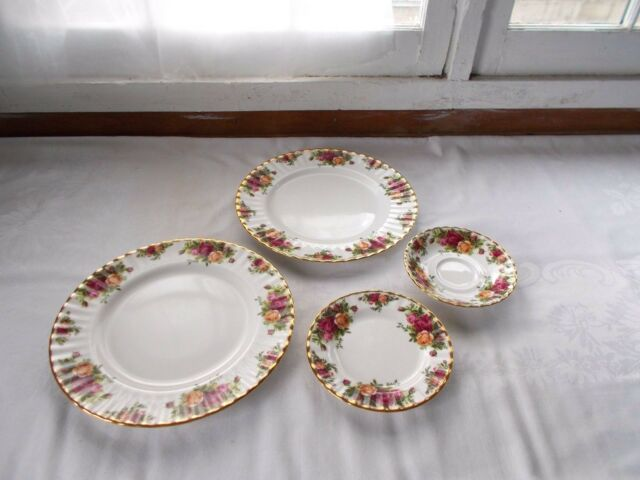 4 Pc Royal Albert Bone China 1962 Old Country Roses Plates Saucer England : royal albert dinnerware - pezcame.com