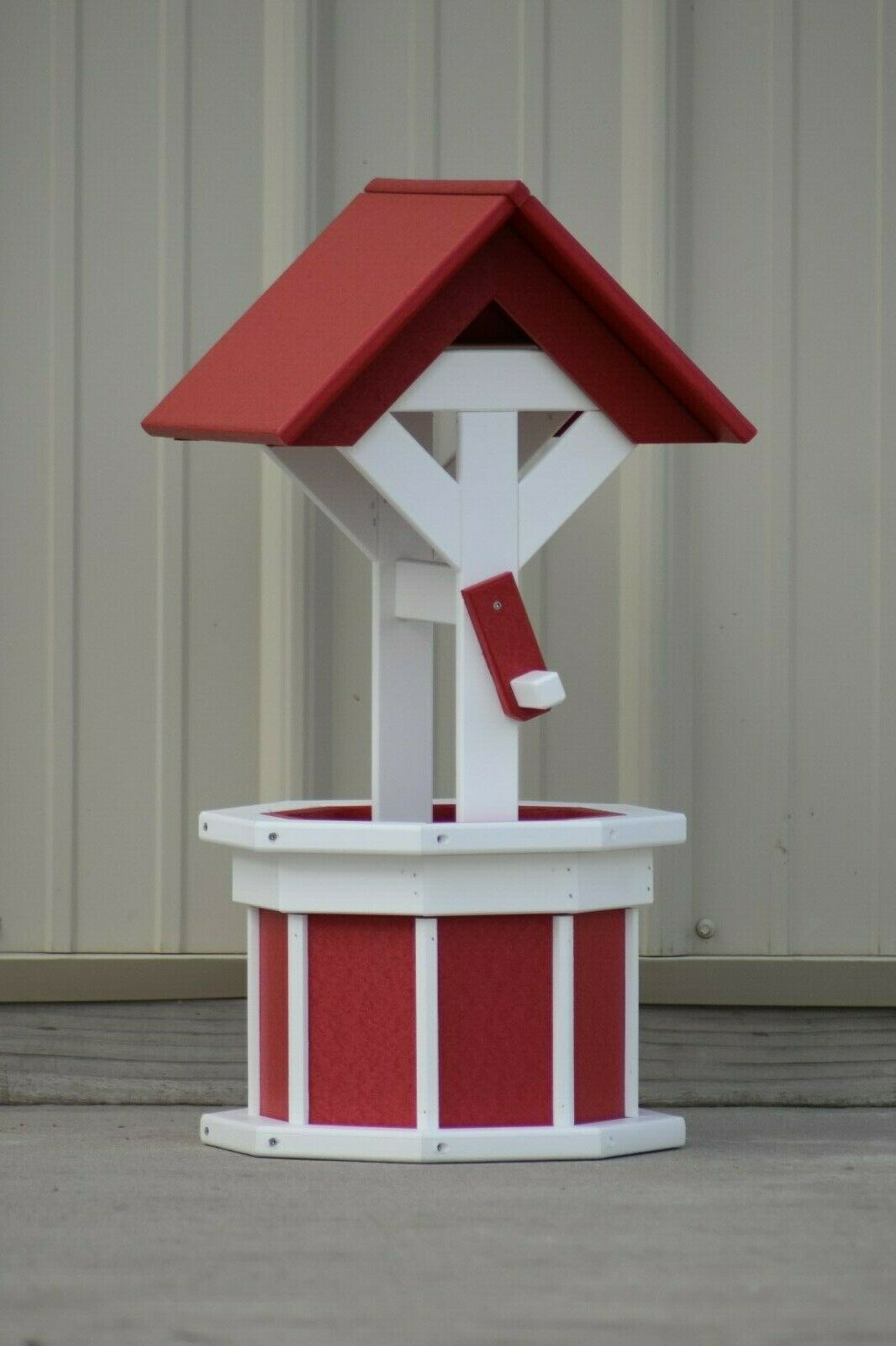 2' Octagon Poly Wishing Well; Flower Planter, Red and White