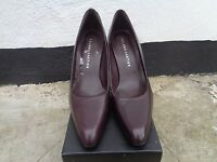 Roland Cartier Size 39 Genuine Leather Brown Shoes