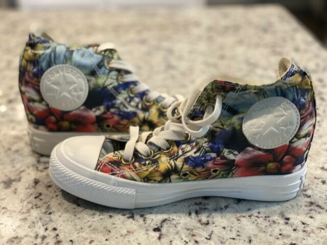 Size 6 - Converse Chuck Taylor All Star Lux High Floral for sale ...
