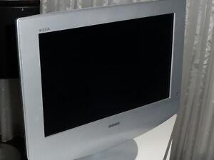 LCD-TV-Sony-WEGA-KLV-17-HR-3-silber-sehr-gut-erhalten-Analog-Gerat