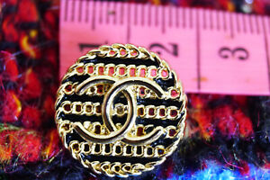 100-Authentic-Chanel-Buttons-gold-logo-cc-lot-of-6
