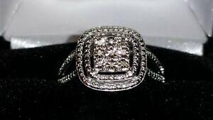 """* Magnifique * Kay Jewelers Sterling Silver"""" 3 Niveaux """"bague Diamant (taille 7)-afficher Le Titre D'origine Brillant"""