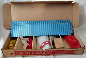 Jr-Yacht-Basin-Sailboat-Nautical-Toy-Set-Box-Carey-McFall-Xmas-Plastic-1950s-VTG
