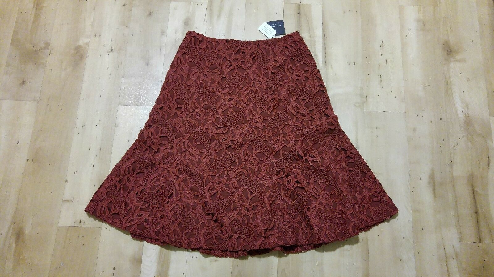 New NWT CLUB MONACO Lace Brick rot Synnove Skirt  189.50 Sz. 0 XS Sold Out