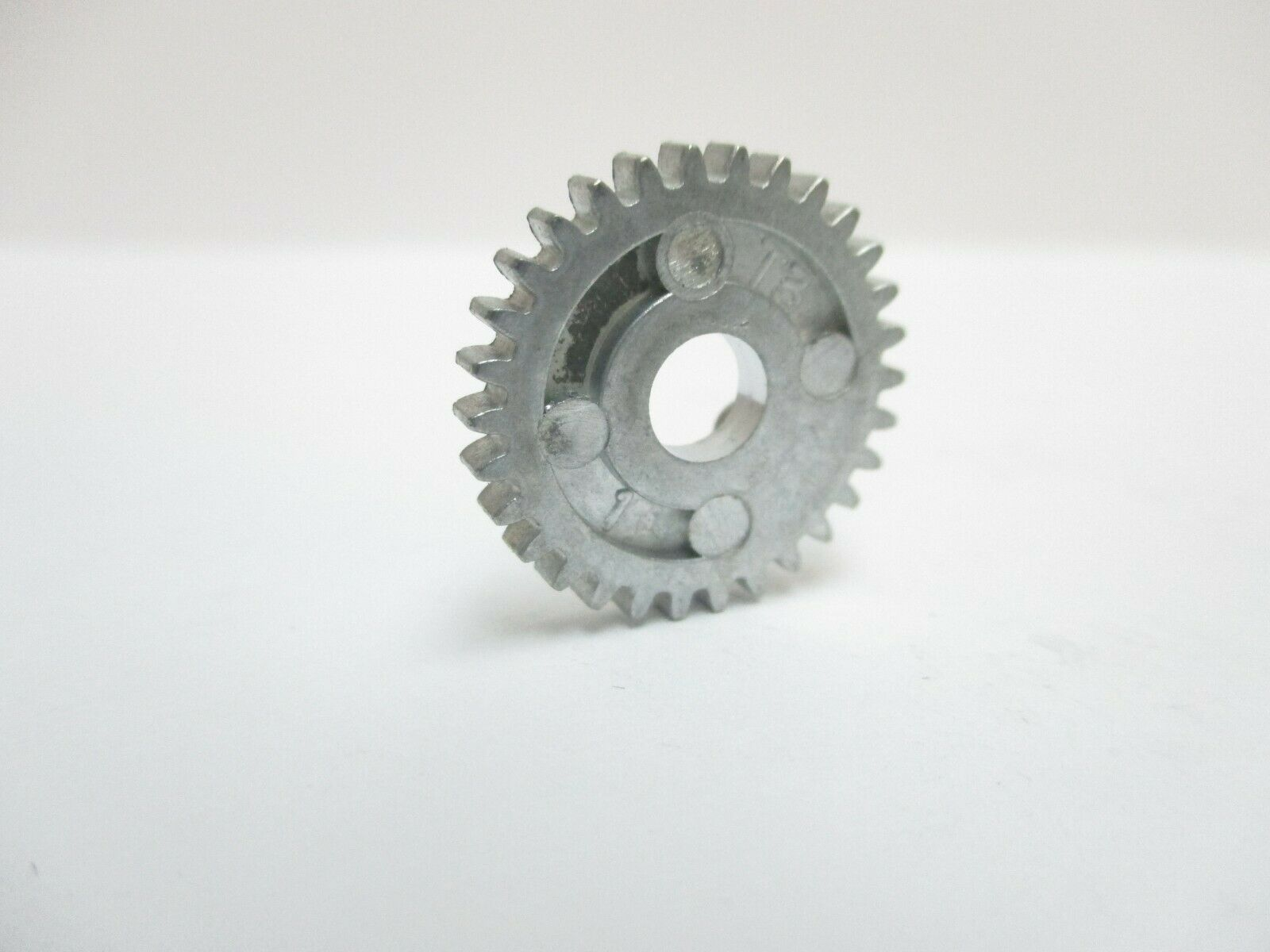 NEW SHIMANO SPINNING REEL PART RD1934 Drive Gear