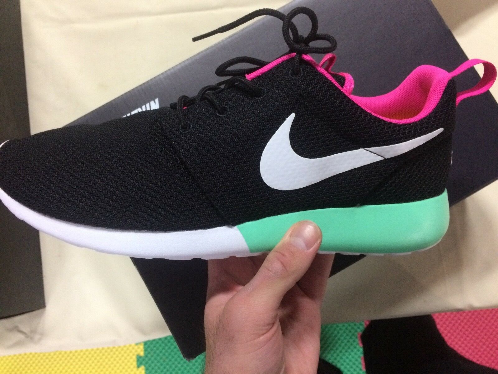 NikeID Roshe One Yeezy colorway Size 10, New with box