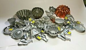 Vtg-Huge-Lot-Metal-Tin-Aluminum-Copper-Small-Cake-Jello-Mold-Tart-Baking-Coaster