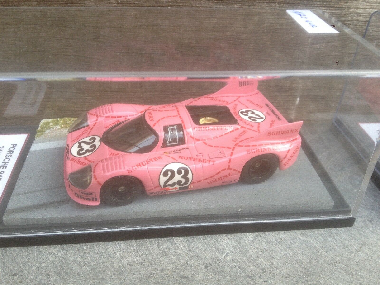 PORSCHE 917 24H LE MANS 1971 COCHON ROSE 1/43 HANDBUILT KIT IN DISPLAY-BOX