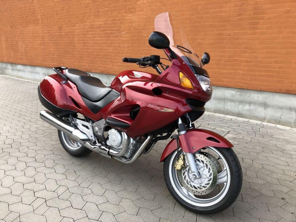 Honda, Honda NT 650 V, ccm 650