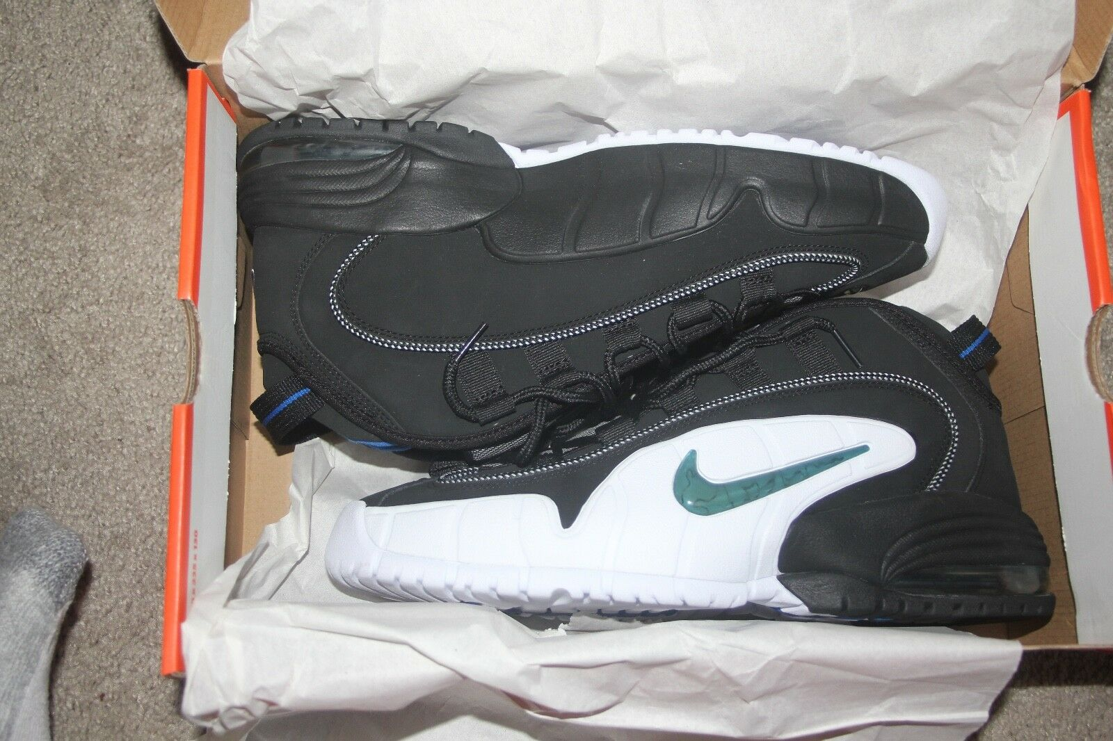 Nike Air Penny I  DS Magic size MEN'S 11.5 Orlando Magic DS color WITHOUT ORIGINAL BOX 720055