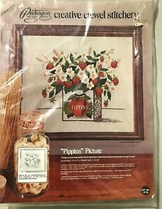 PIPPIN-039-S-PICTURE-1974-vintage-Paragon-Crewel-Embroidery-Kit-strawberries