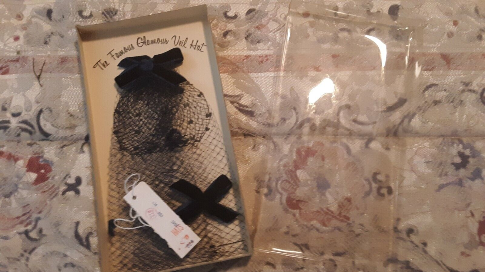 1950s 1960s Blusher Fascinator Hat New in Box - image 2