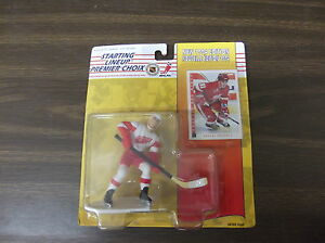 1994 KENNER STARTING LINEUP CANADIAN VERSION SERGIE FEDEROV RED WINGS  SEALED