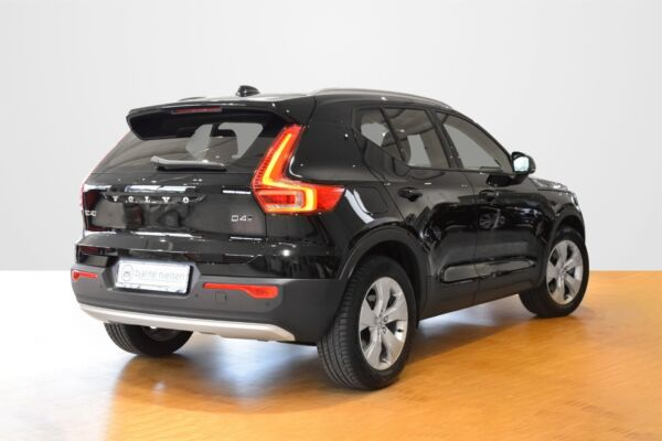 Volvo XC40 2,0 D4 190 Momentum aut. AWD - billede 2