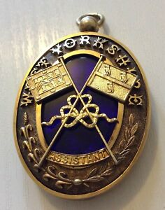 Stunning-Large-Solid-Silver-Gold-Gilt-Antique-1907-Yorkshire-Masonic-Medal