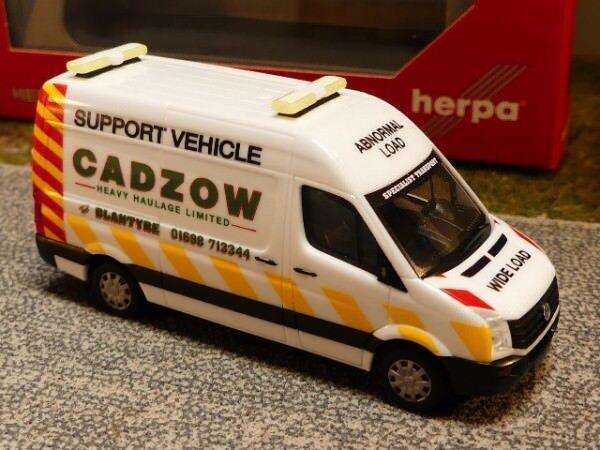 1//87 Herpa VW Crafter cassetta alta tetto begleitfahrzeug Cadzow GB 093897