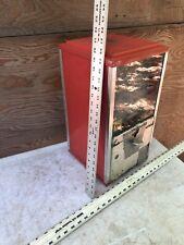 Vintage 25 Cent Quarter Large Big Oak Capsule Toy Vending Machine Acorn Candy