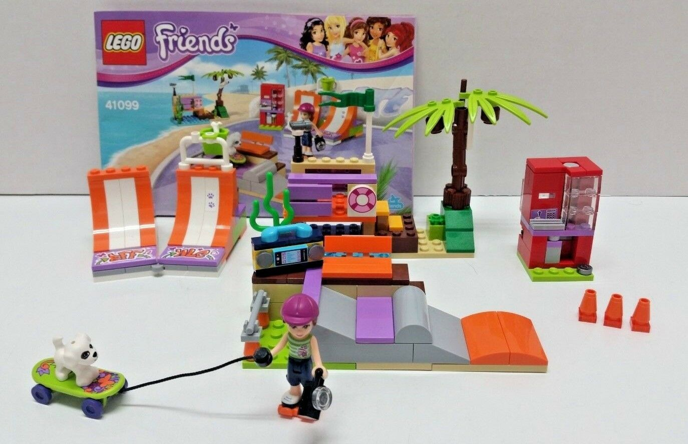 LEGO FRIENDS Heartlake Skate Park   41099 INSTRUCTIONS 100% Complete  DR