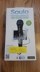 SOULO MICROPHONE+KARAOKE APP WITH EXTERNAL SPEAKER MODEL: AM70
