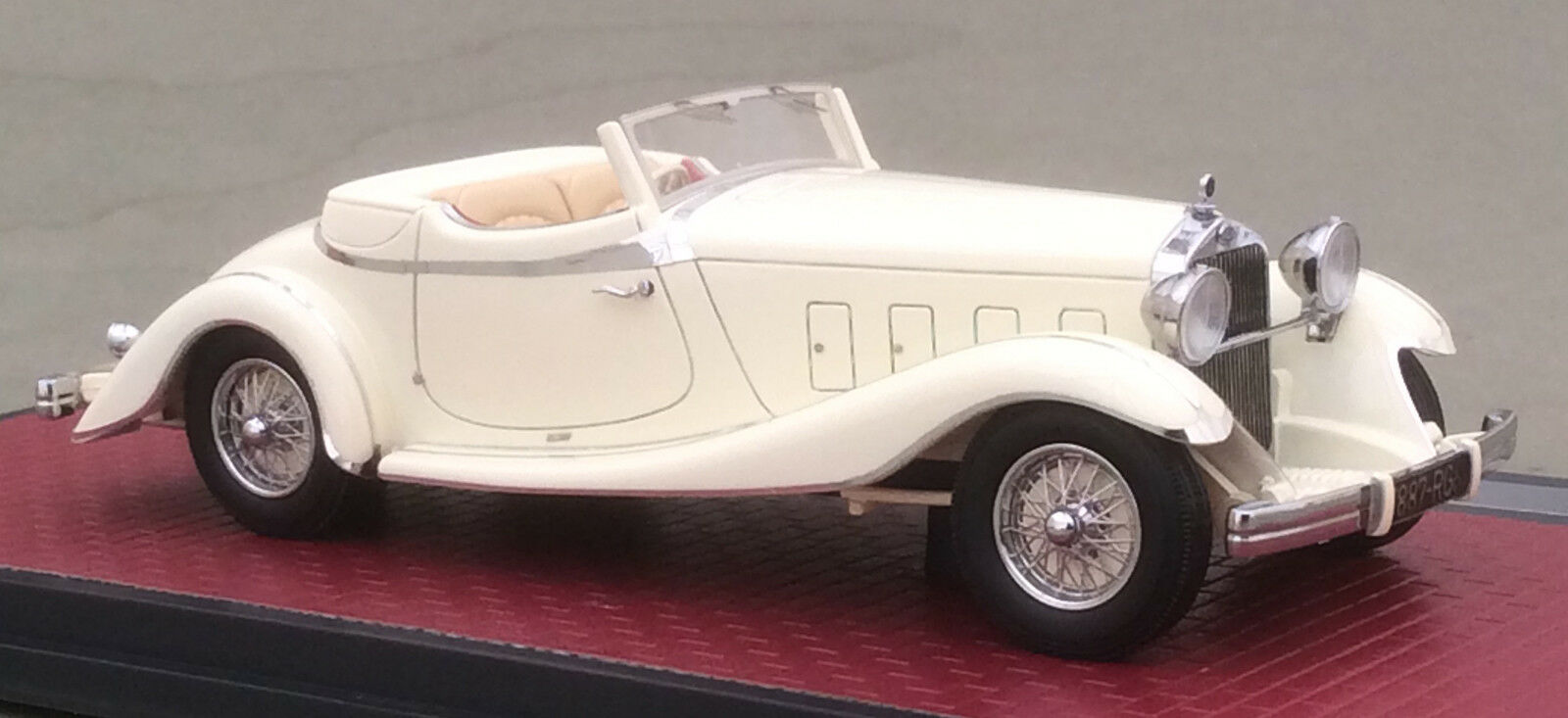 MX50407-031 1933 Delage D8S de  Villars Roadster  pas de taxes