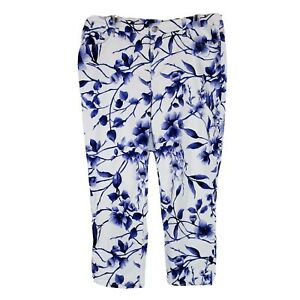 Chicos So Slimming Floral Girlfriend Crops Jeans Size 2.5 35 in Blue White CP29