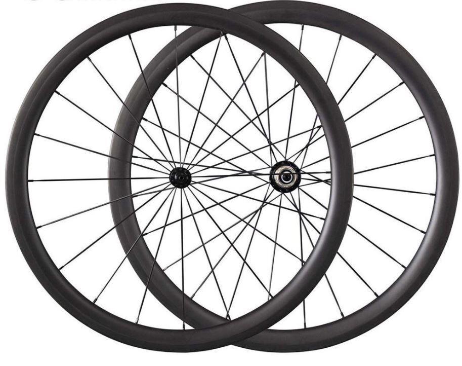 Boutique 38mm deep clincher tubeless compatible carbon wheels