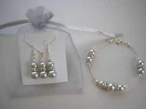 45031dd87 Image is loading Ladies-Pearl-amp-AB-Diamante-Drop-Necklace-Bracelet-