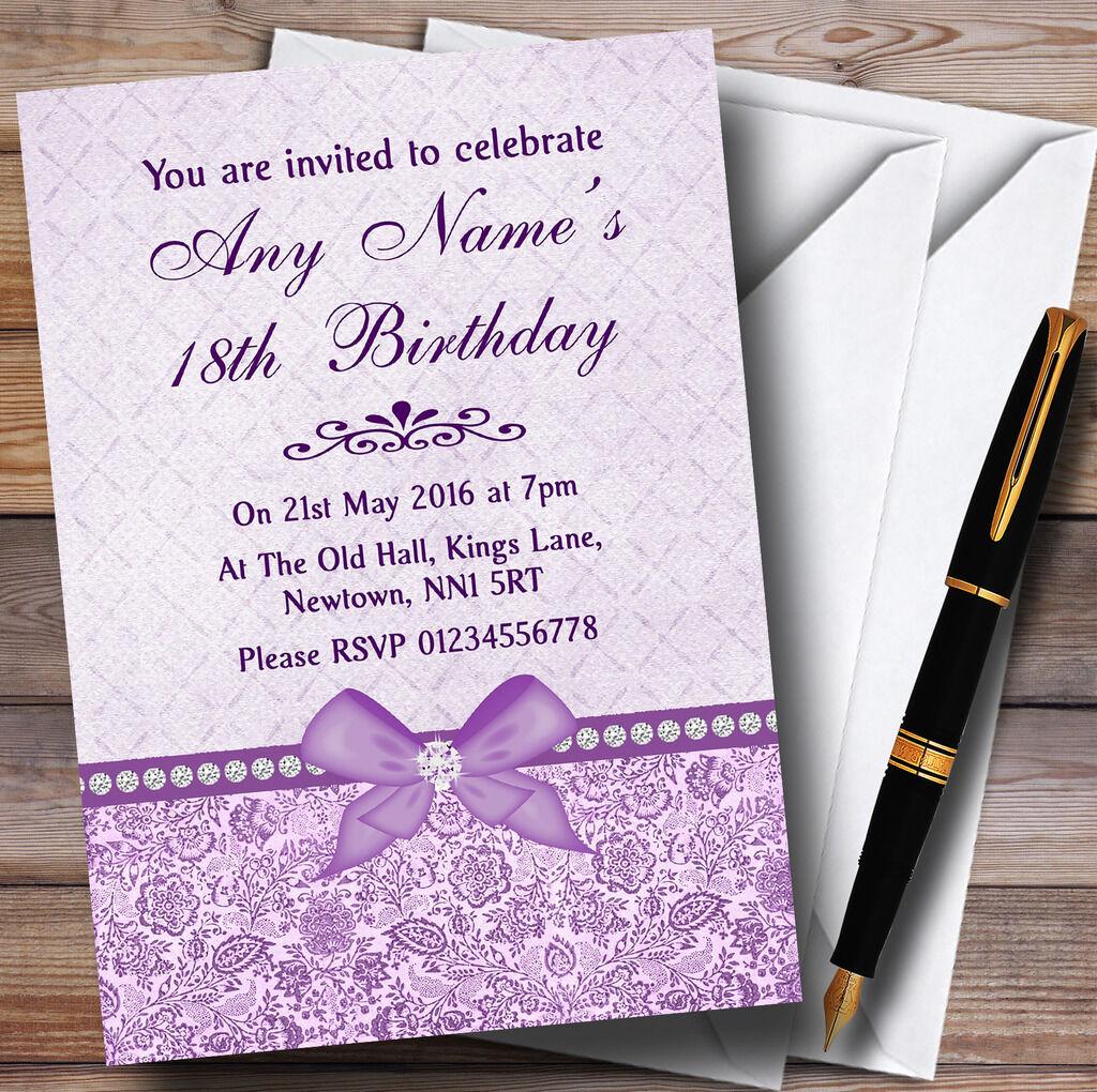 Floral Pretty Bow & Diamante púrpura Personalizado Fiesta De Cumpleaños Invitaciones