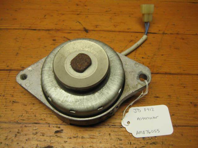 John Deere F912 AM876055 Alternador