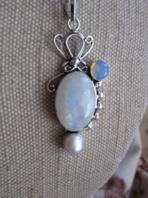 ~ Natural Moonstone Gemstone Pendant & Silver Plated Chain ~ (ttu)