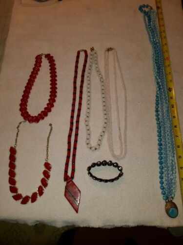 Craft /& Barrow Vintage Old Collectible Costume Jewelry Pearl Beads 30 Necklace