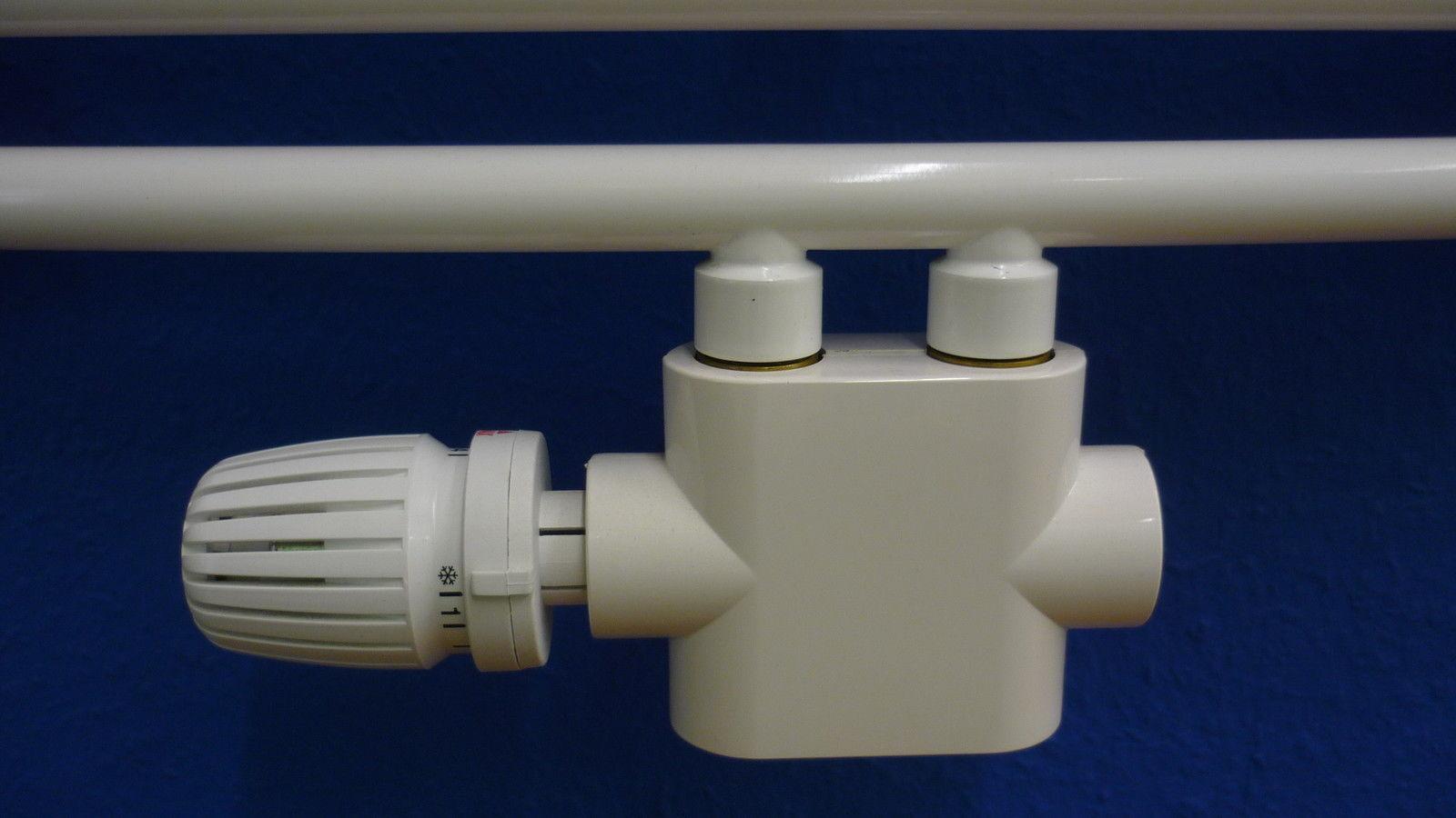 Anschlußgarnitur Thermostat 1/2 f Mittelanschluss 50mm Durchgang f Badheizkörper