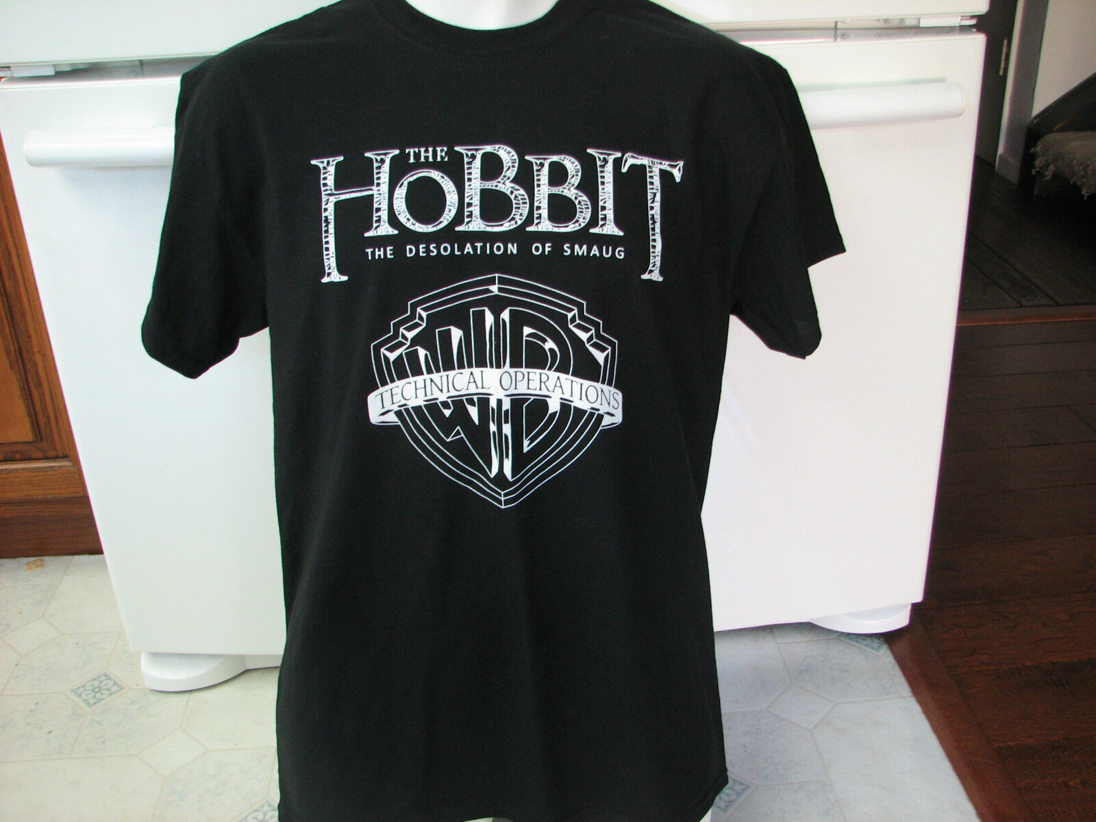 The Hobbit desolation of smaug Technical operations WB t shirt Event Staff