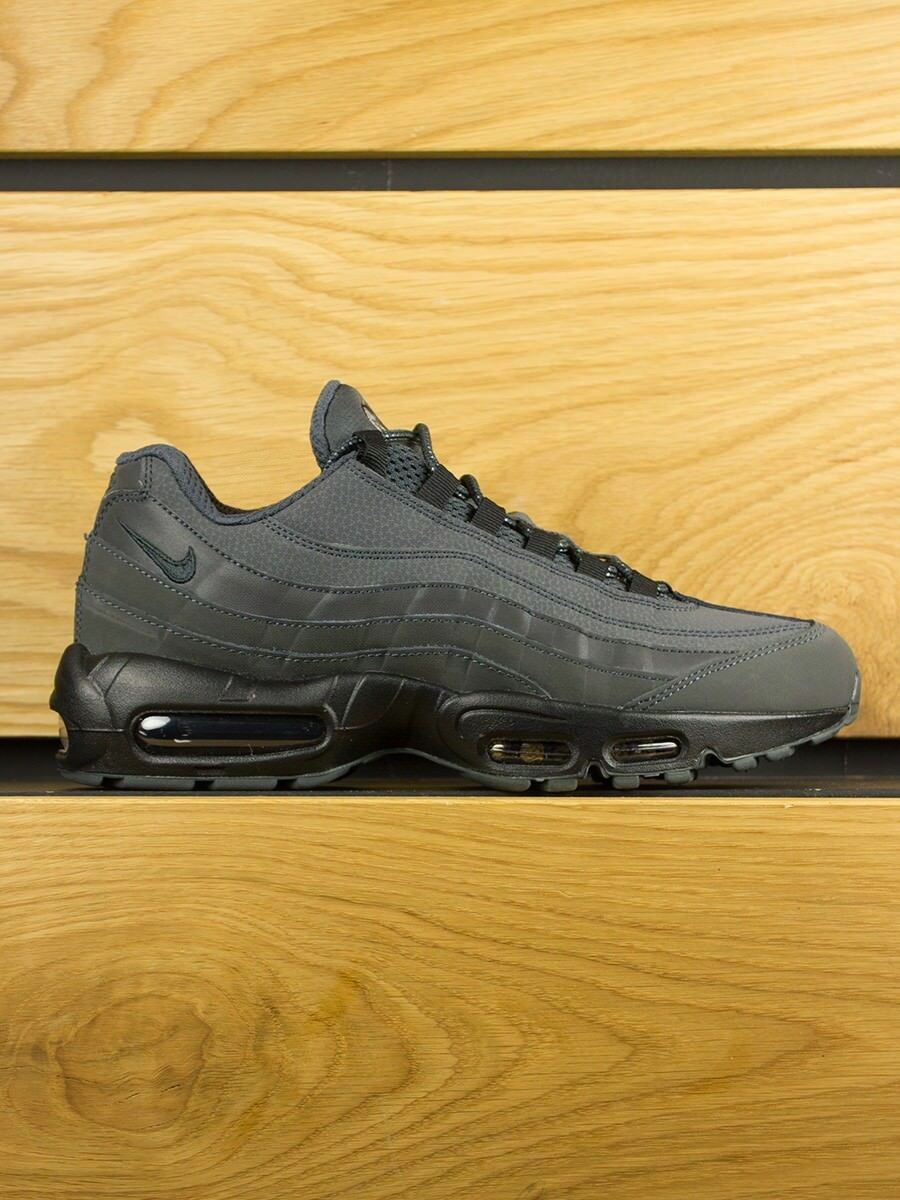 NIKE AIR MAX 95 ESSENTIAL TEAM ANTHRACITE GRIS COOL RELEASE SZ 11.5 RARE