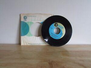 BEN-COLDER-Harper-Valley-PTA-Folsom-Prison-Blues-No-1-1-2-7-034-Record-45-RPM-MGM
