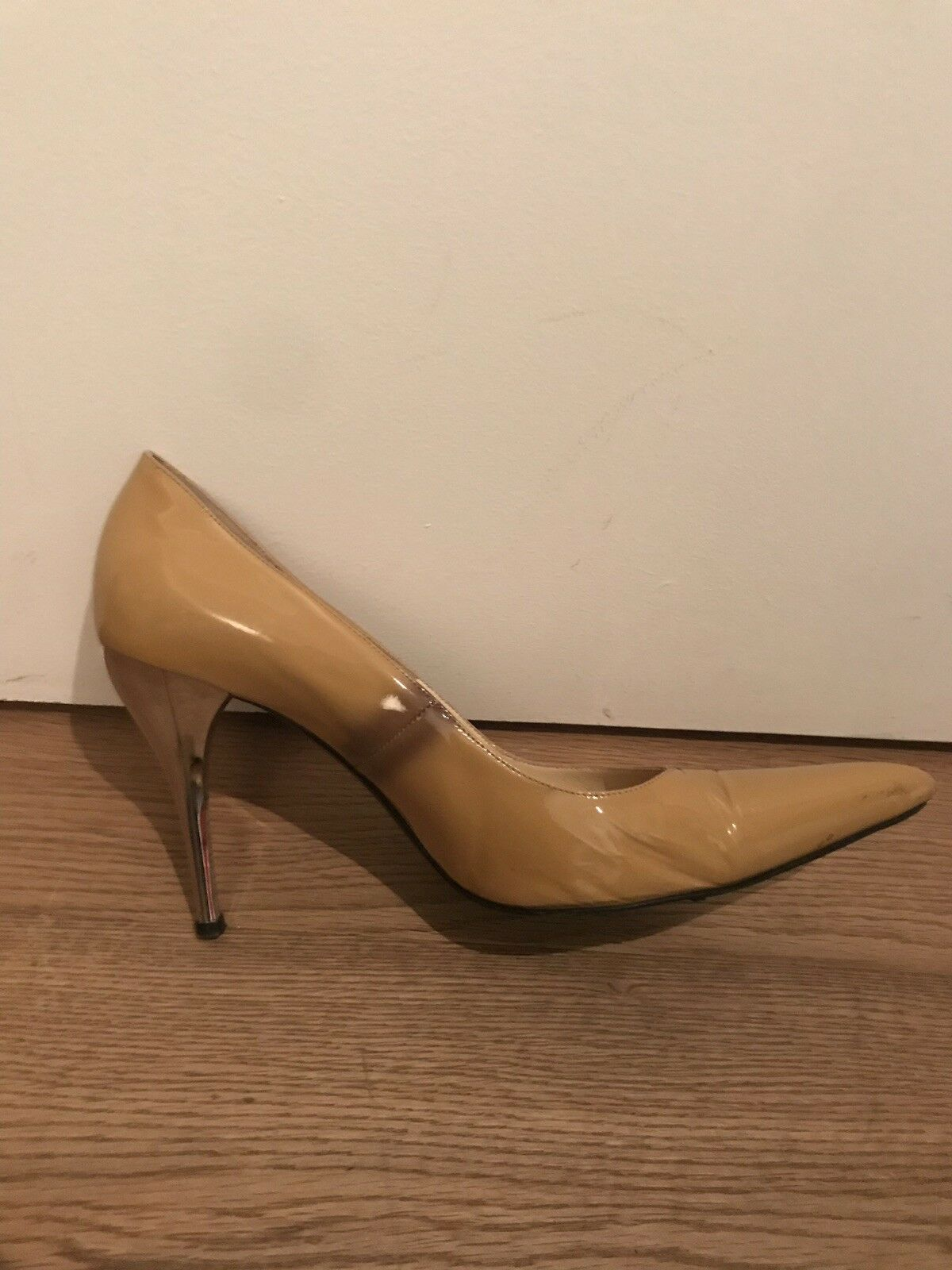Versace Nude Patent court chaussures argent talons. talons. talons. Taille 7 UK 40 aea4a9