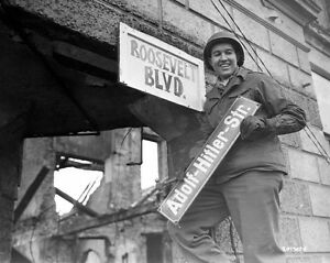 WWII-B-amp-W-Photo-US-Soldier-Hitler-Street-Sign-WW2-World-War-Two-Germany-1062