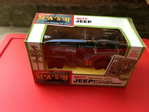 """Tristar International MASH 3 3//4/"""" Action Figure Jeep avec Hawkeye new old stock Comme neuf IN BOX"""