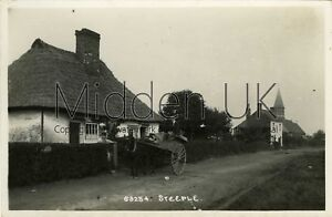 RB442-Early-RP-POSTCARD-The-Street-Steeple-near-Mayland-Southminster-1900s