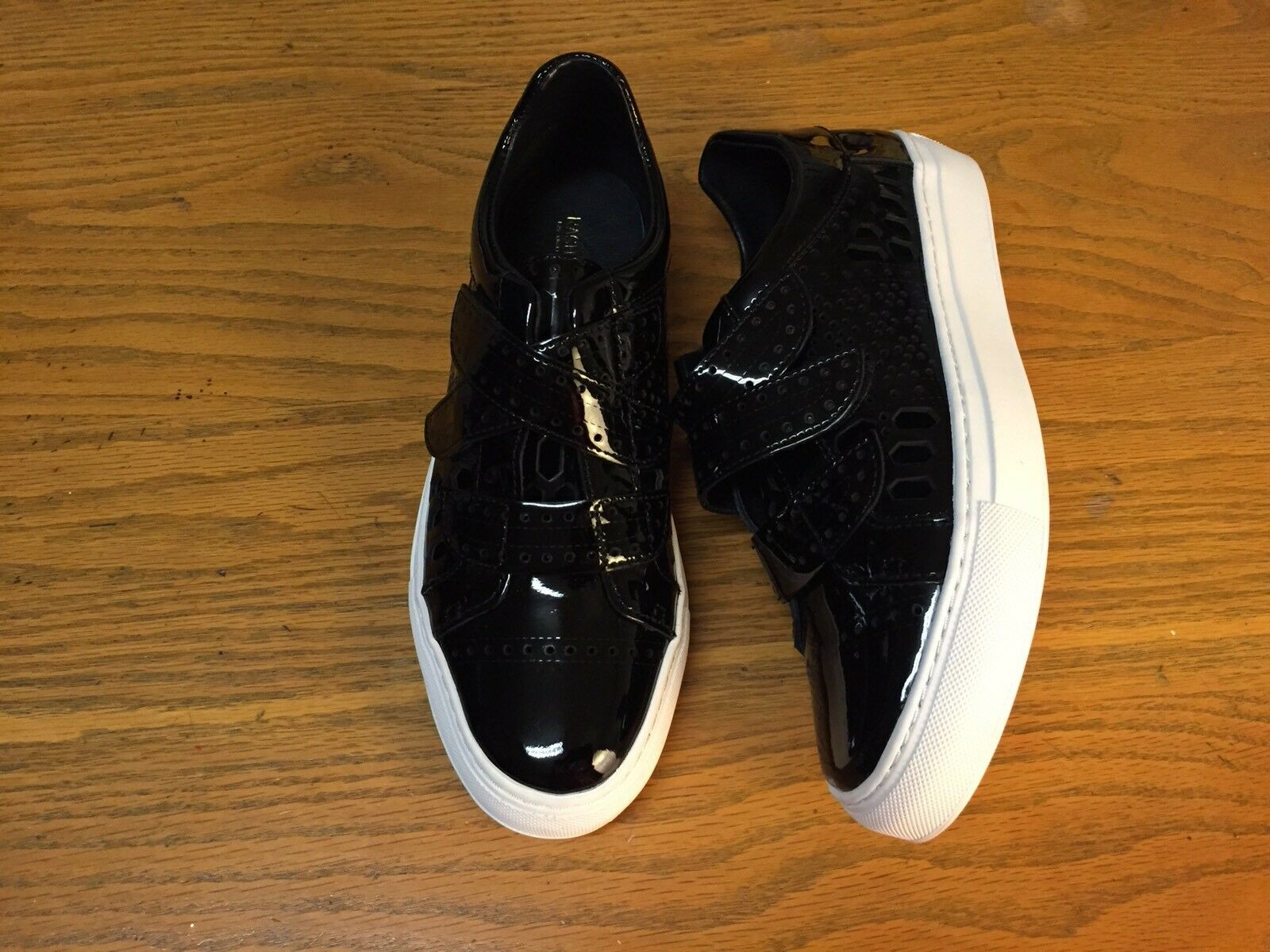 RACHEL ZOE JADEN PERFORATED PATENT LEATHER SNEAKERS NEW SIZE 7