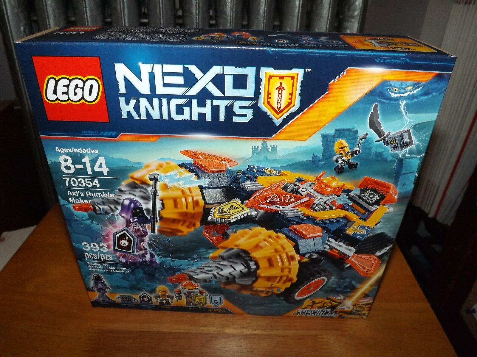 LEGO, NEXO KNIGHTS, AXL'S RUMBLE MAKER, KIT  70354, 393 PIECES, NEW IN BOX, 2017