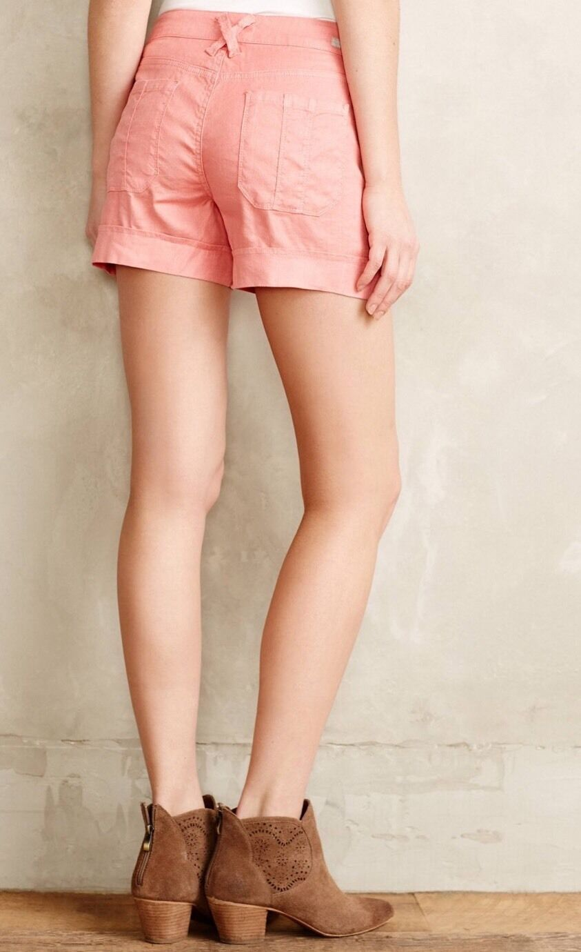 NWOT Level 99 Cuffed Cargo Shorts Size 26 Petite in Coral
