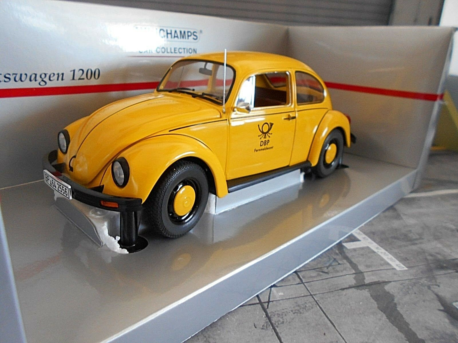 VW Volkswagen Coccinelle Beetle 1200 1983 Jaune La Poste allemande DBP MINICHAMPS 1 18