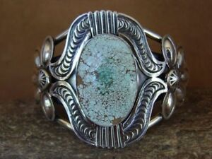 Native-American-Jewelry-Number-Eight-Turquoise-Bracelet-by-M-Spencer