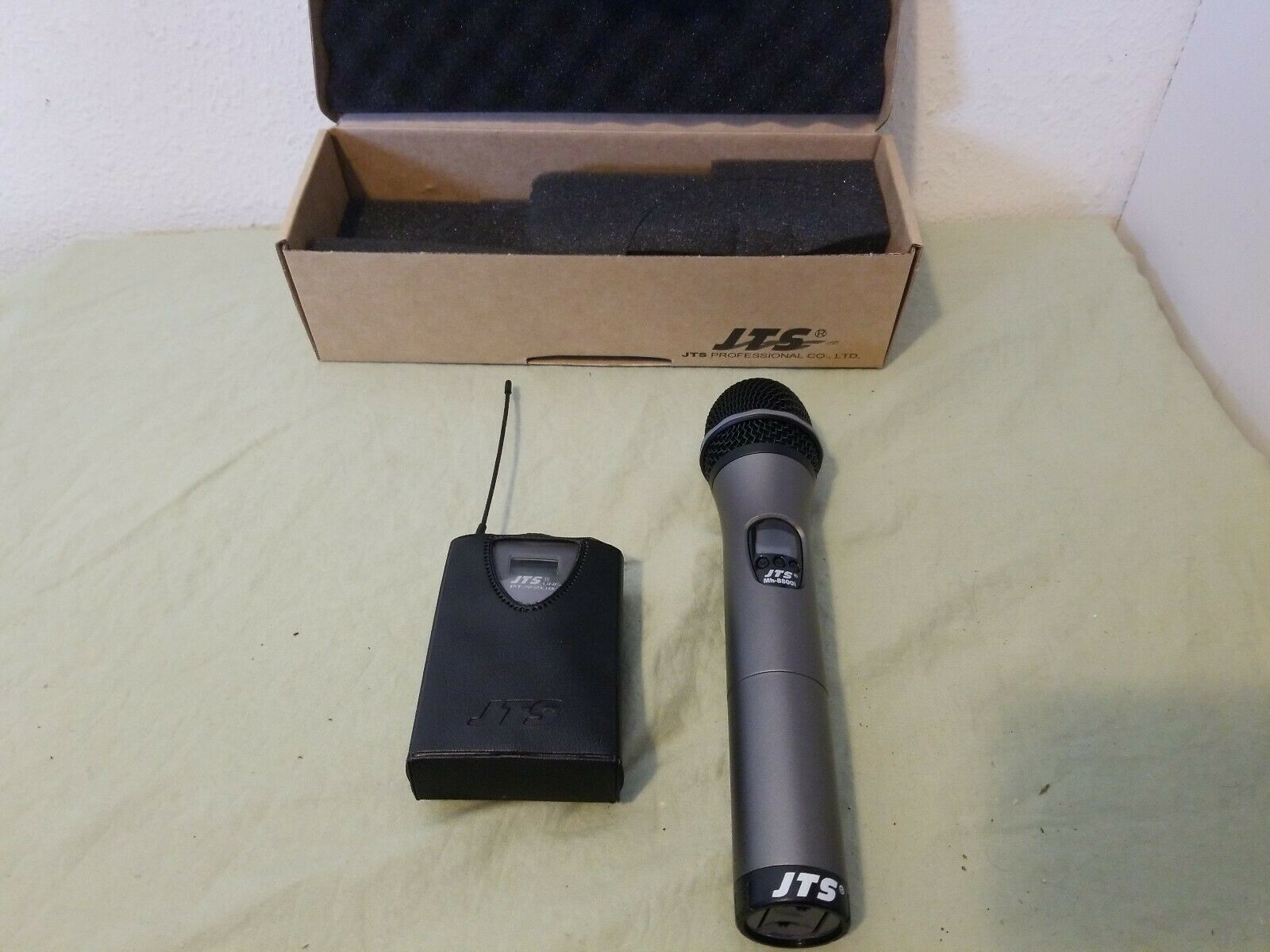 JTS Mh-8800i & PT-920B Wireless Microphone (638662MHz)