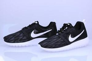 baa3ac9091a5a KIDS YOUTH NIKE ROSHE ONE FLIGHT WEIGHT SNEAKERS 705485 005-SIZE 4.5 ...