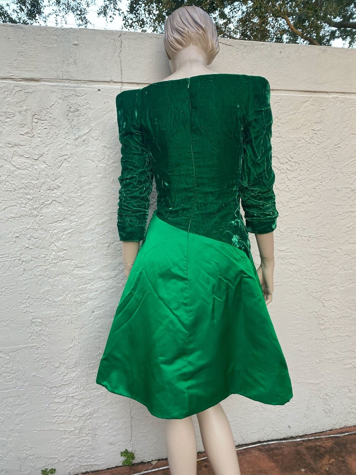 ARNOLD SCAASI BOUTIQUE VINTAGE 80's OFF THE SHOUL… - image 6