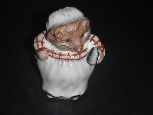 BESWICK-BROWN-BACKSTAMP-BEATRIX-POTTER-MRS-TIGGYWINKLE-1989